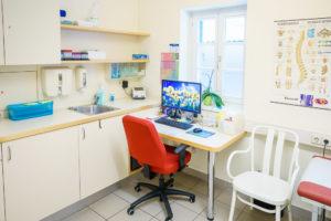 Ordination Dr. Schmidt - Behandlungsraum und Labor
